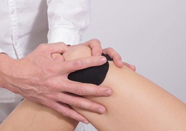 poškodba kolena